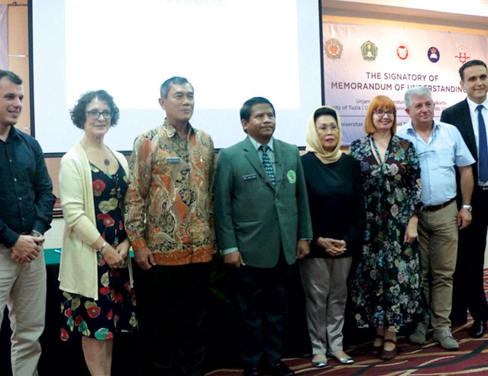 Unjani Yogyakarta Kepahkan Sayap Kerjasama Luar Negeri dengan Tiga Universitas di Bosnia