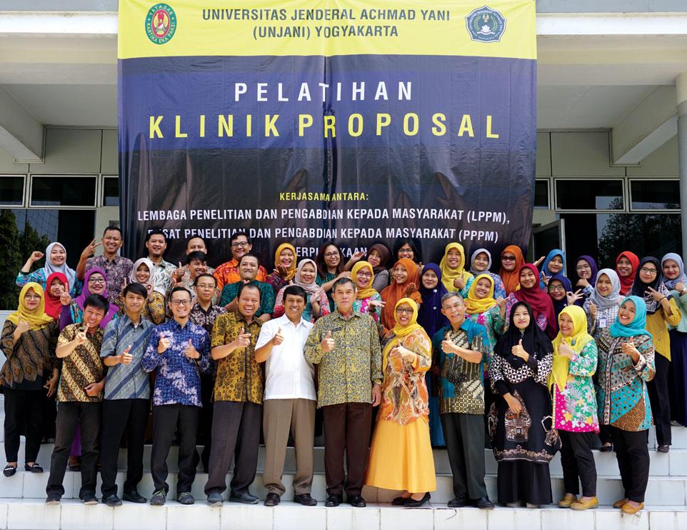 Unjani Yogyakarta Selenggarakan Pelatihan Klinik Proposal
