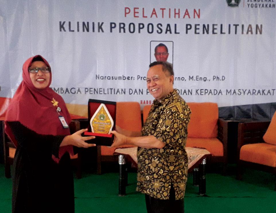LPPM Unjani Yogyakarta Gelar Klinik Proposal Penelitian Tahun 2019
