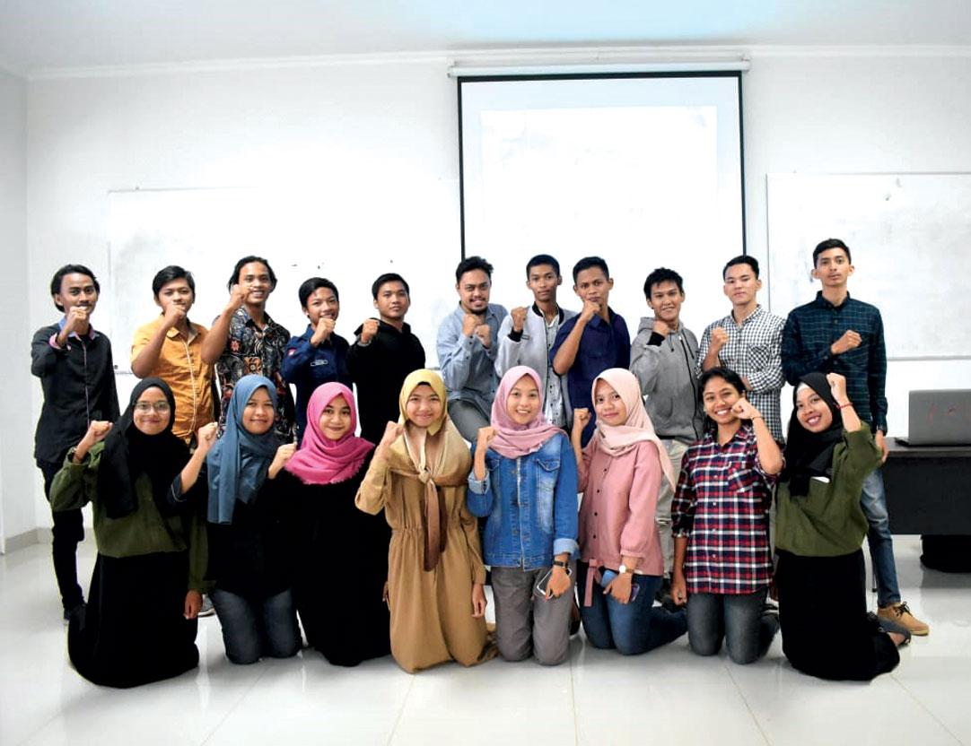 Sambut Era Digital, BEM FES Unjani Yogyakarta Gelar Pelatihan Disain