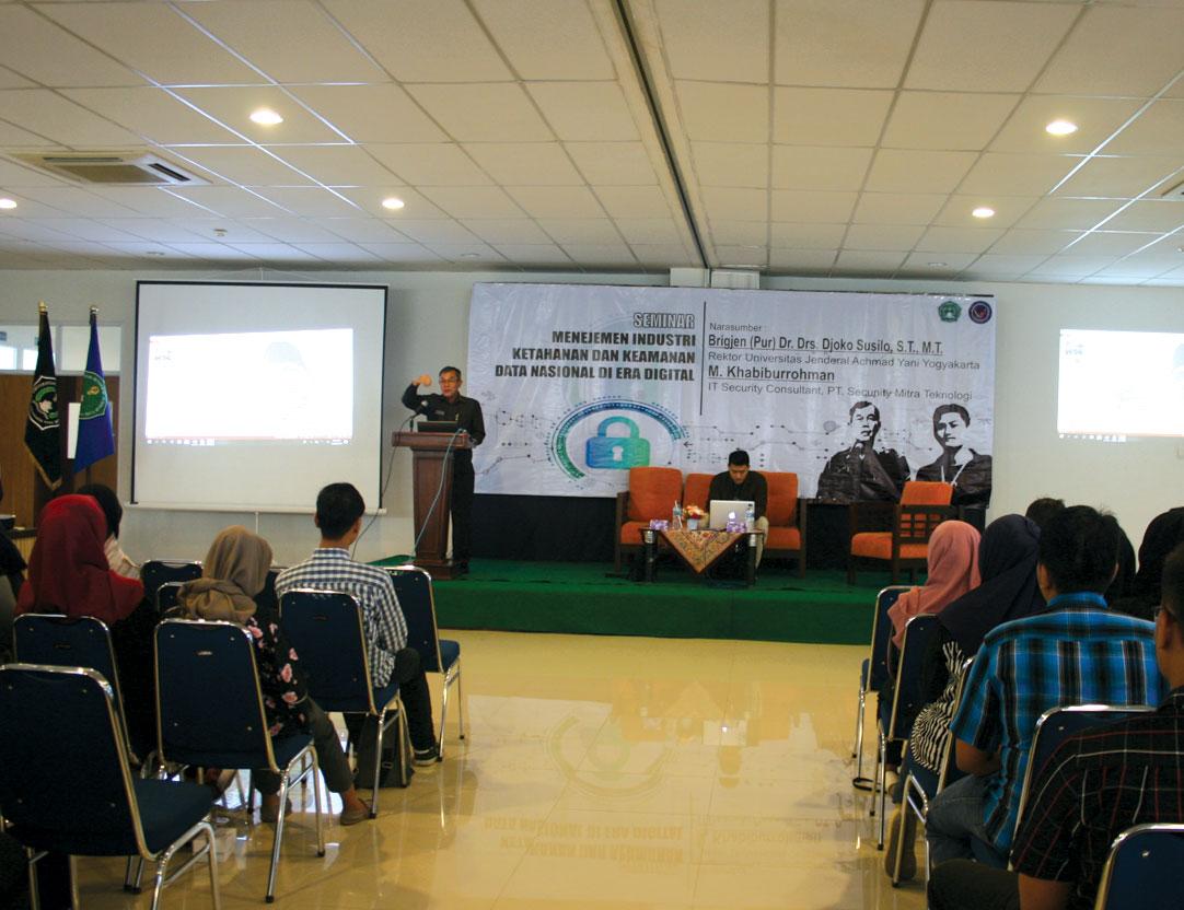 BEM FTTI Unjani Yogyakarta Selenggarakan Seminar Cyber Security