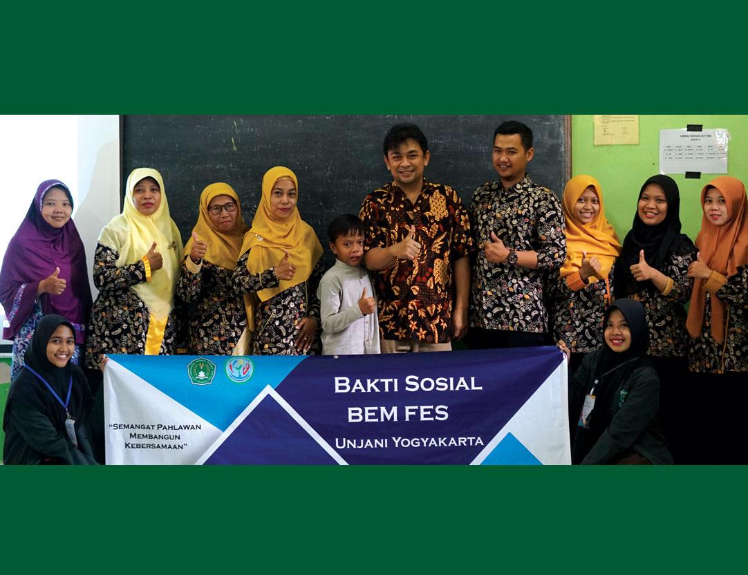 Implementasikan Nilai Kejuangan Jenderal Achmad Yani, BEM FES Unjani Yogyakarta Gelar Bakti Sosial