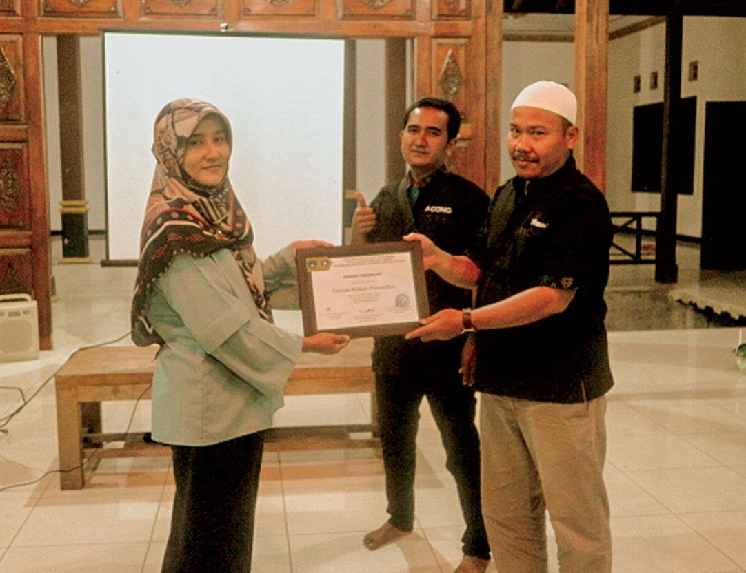 Prodi Manajemen Selenggarakan Pengabmas di Paguyuban Batagor GRP