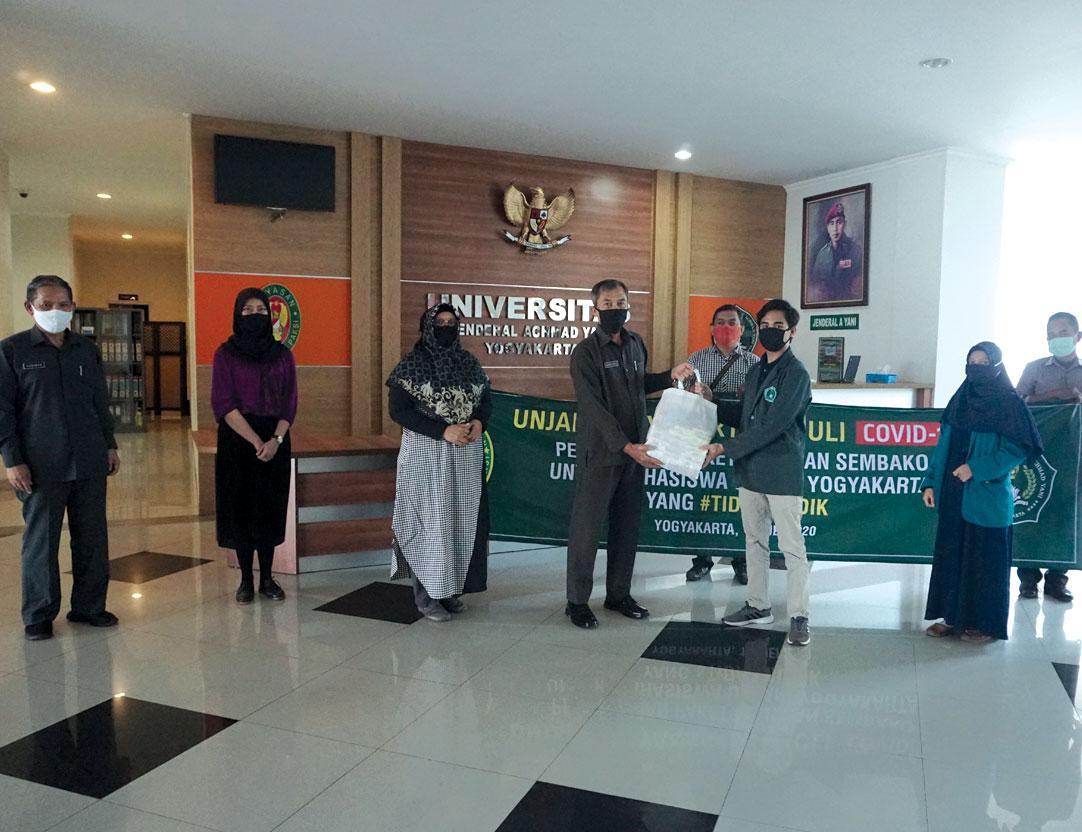 Unjani Yogyakarta Berikan Bantuan Kepada Mahasiswa Terdampak Covid-19