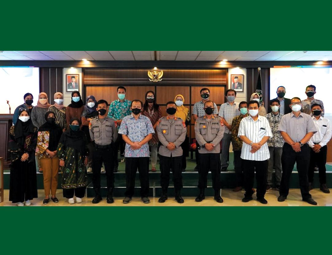 Gandeng SPN Selopamioro, FES Unjaya Gelar FGD Pembelajaran Luring